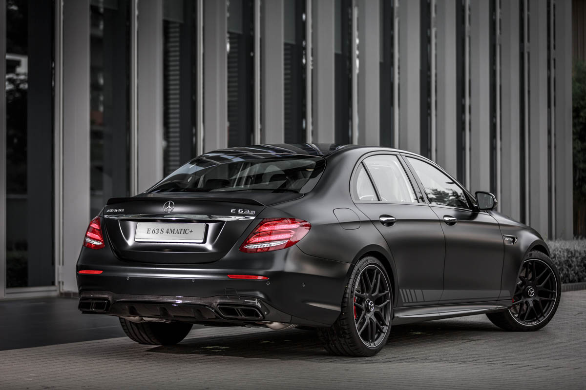the mercedes amg e63 s has arrived carsome malaysia. Black Bedroom Furniture Sets. Home Design Ideas