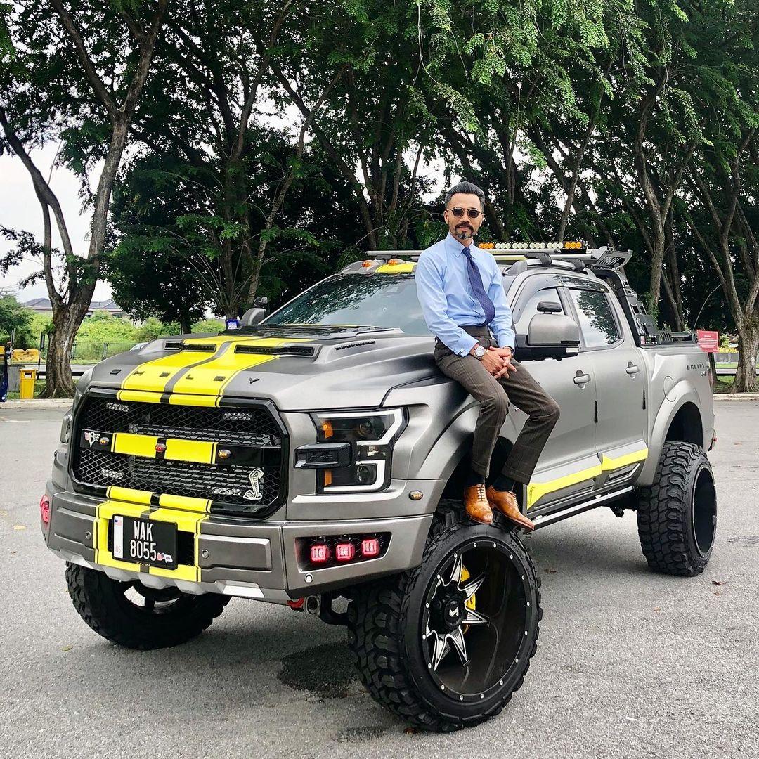 kereta selebriti Malaysia paling mewah