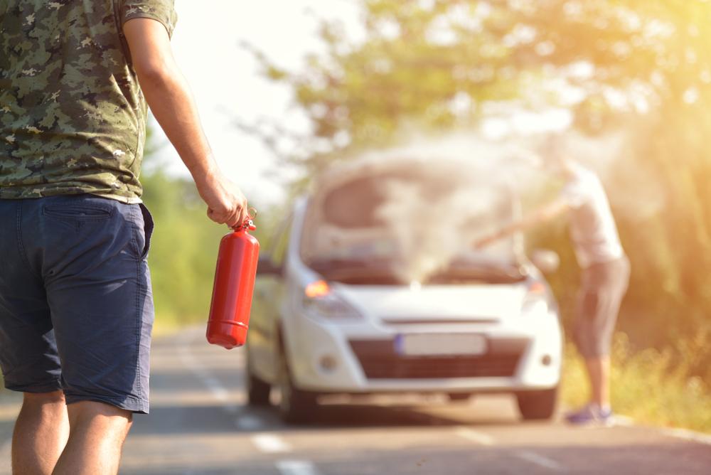 alat pemadam api untuk kereta