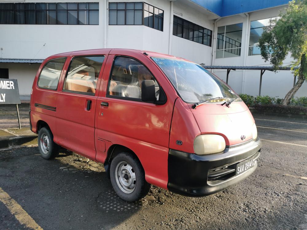 Perodua Rusa Van Malaysia Pertama